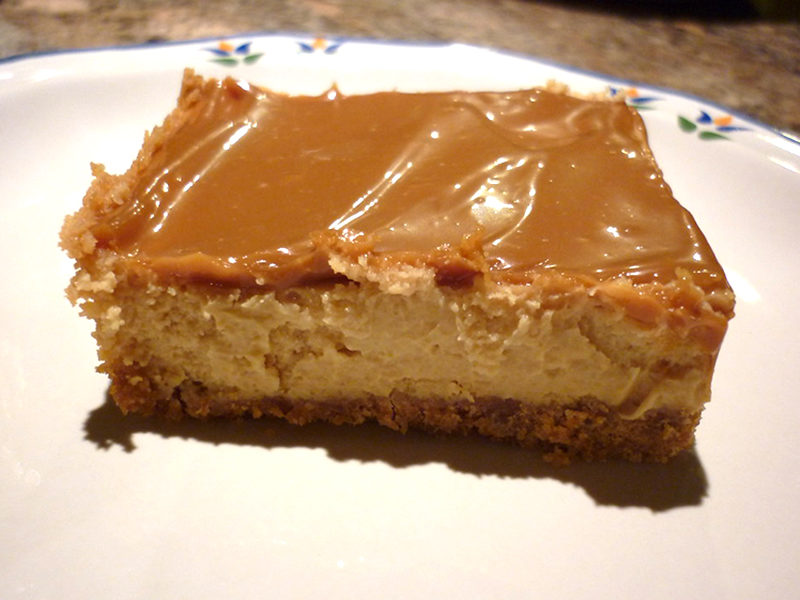 Dulce de Leche Chocolate Cheesecake Bars