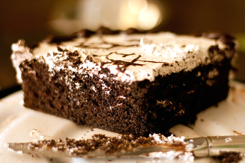 Easy Chocolate Poke Cake Recipe