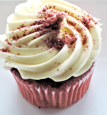 Red Velvet Cupcakes with Cream Cheese Frosting1