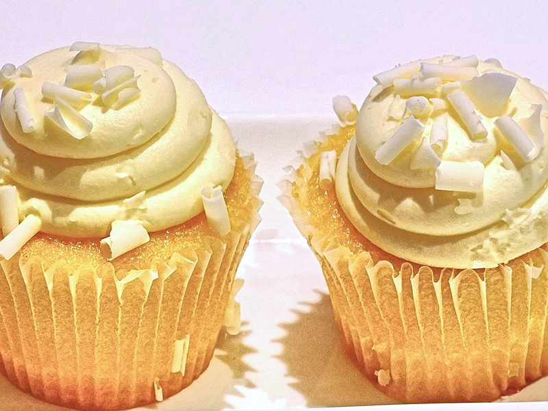 The Most Amazing Lemon Cupcakes Recipe