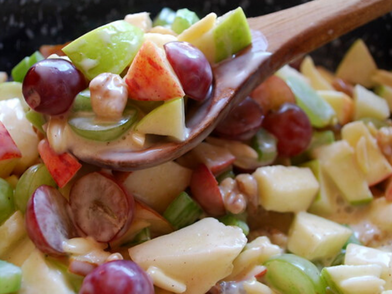 Crunchy Apple and Grape Salad